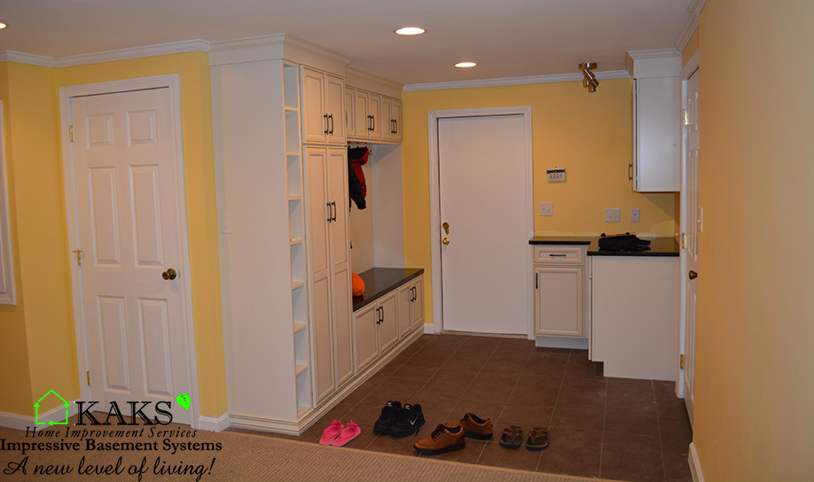 basement remodel photo by Kaks
